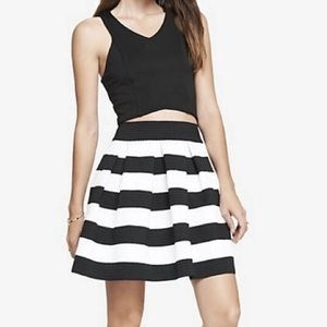 Express Black White Striped Box Pleated Skirt
